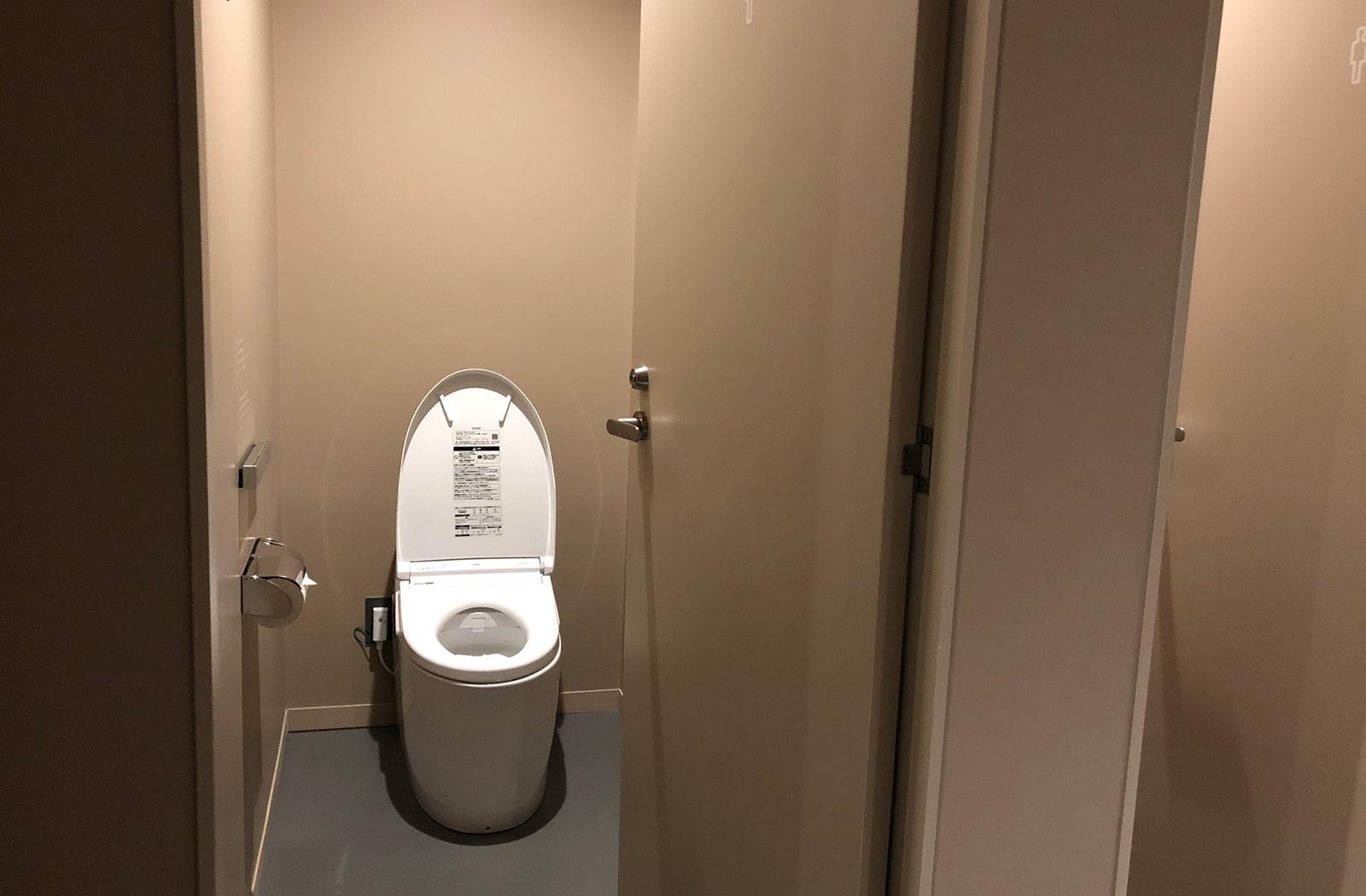 ナインアワーズなんば駅 トイレ